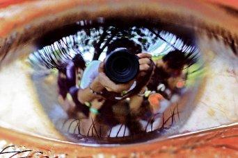 eyes-camera